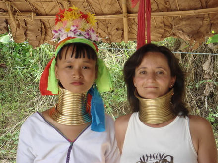 Chiang Mai Budget Tour 3: Long-necked Kayan at Chiang Dao 1 day